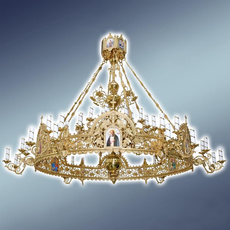 Полиелеј со орос- цена-3.000 евра- шифра-51- 48 свеќи