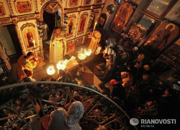 Христијаните во Русија го прославија Рождеството Христово