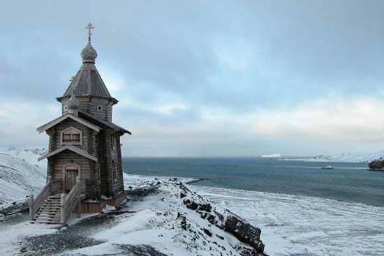 "Црква ""Св. Троица"", Антарктик"