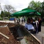 Осветување на камен темелник за нов храм во Куманово